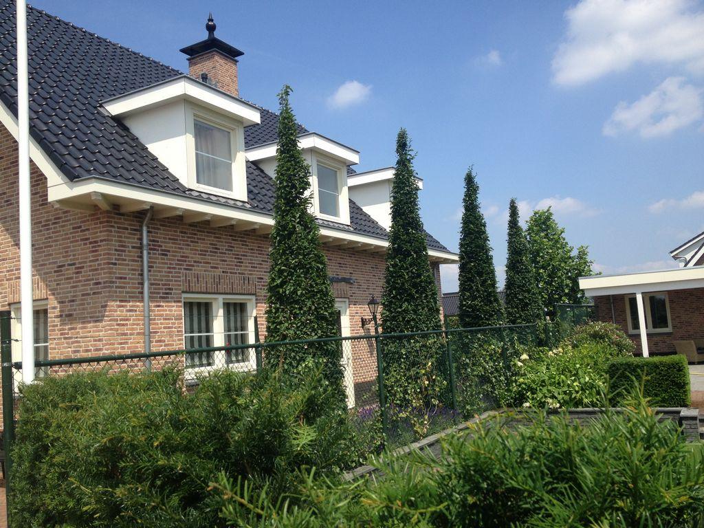 Aanleg tuin en bestrating nijmegen van schadewijk for Tuin aanleggen nijmegen